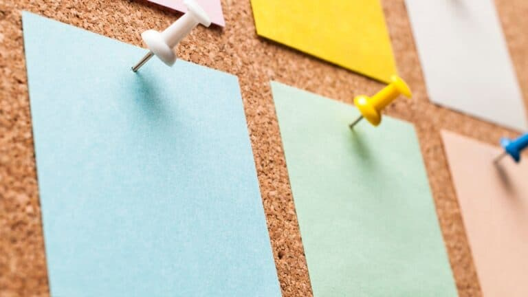 The Post it Note Method of Nailing Your Niche